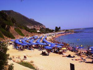 Il mare della Sardegna a Cala Gonone Beach Village
